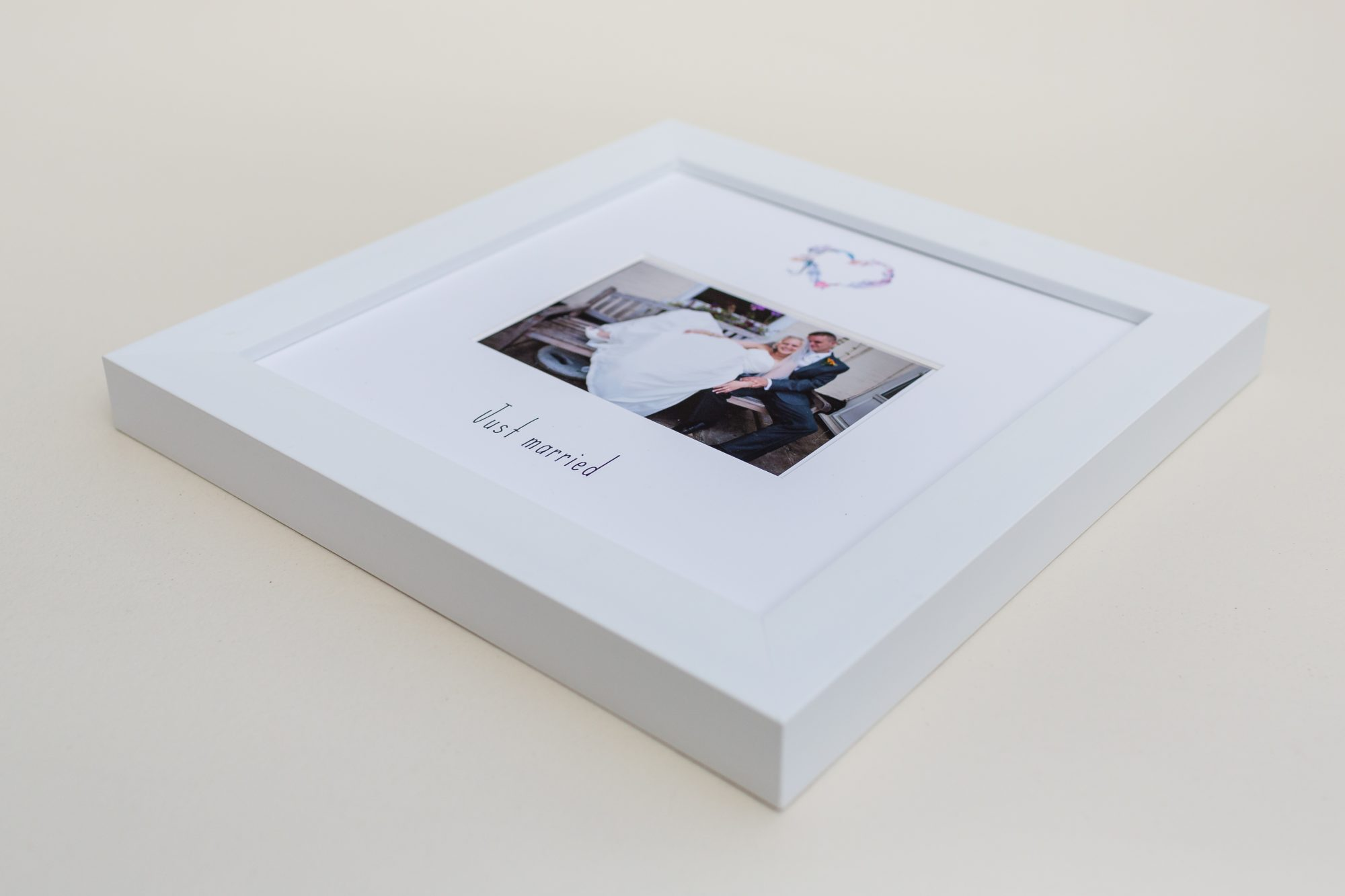 Casting Love just married frame