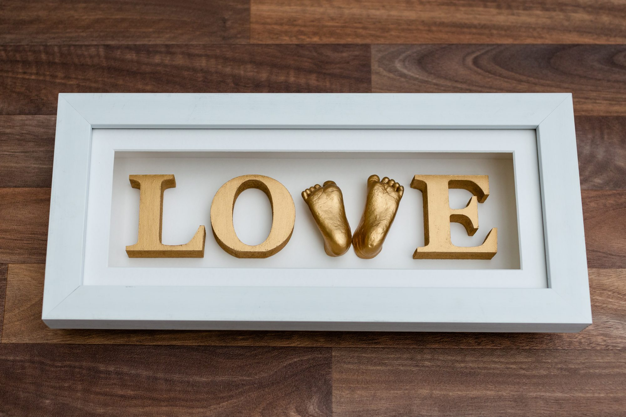 Casting Love LOVE frame